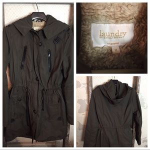 Laundry by Shelli Segal olive green coat * read M